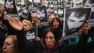 Protesto na Argentina por Maldonado