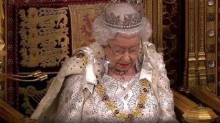 الملكة ستعلن عن 22 تشريعا جديدا في خطاب العرش
