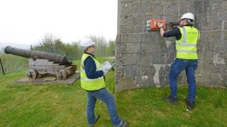 Surveyors examine Wellington Monument