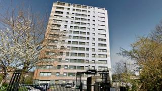 Royce Court, Hulme