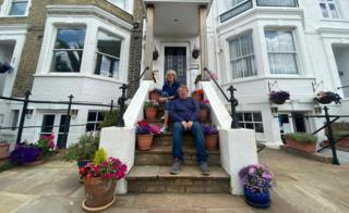 Garry and Penny Lowen at Gleneagles Guesthouse and Tearooms