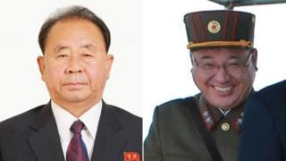 Ri Pyong-chol (i bubamfu) na Kim Jong-sik (i buryo) bari mu bafasha bizewe cane na Kim Jong-un