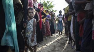 Mamia kwa maelfu ya wakimbizi wa Rohingya wakiwa kambini Baghladesh