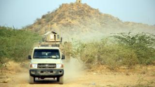 عربة عسكرية تابعة للقوات الحكومية اليمنية عربة عسكرية تابعة للقوات الحكومية اليمنية