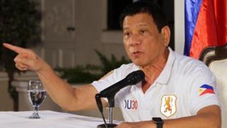 Madaxweynaha Philippine Rodrigo Duterte
