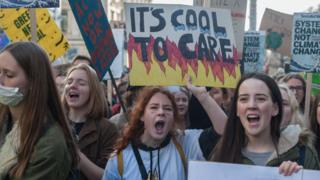 climate-change-protest-london.