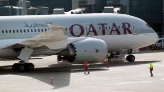 عربستان و شماری از کشورهای عربی ورود هواپیماهای قطر به حریم هوایی خود را ممنوع کردهاند