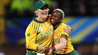 in_pictures Nonkululeko Mlaba of South Africa (R) celebrates with Dane Van Niekerk (L) after taking a wicket in Sydney, Australia - Thursday 5 March 2020
