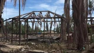 Aldea quemada en la provincia de Rakhine, Myanmar