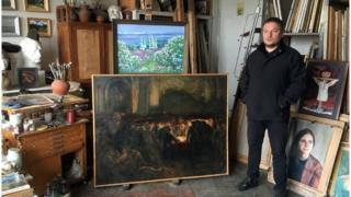 Юрий Ковтонюк в мастерской своего отца
