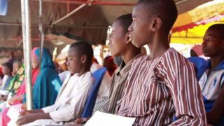 Des enfants participent à une cérémonie marquant leur démobilisation, à Maiduguri, vendredi 10 mai 2019.