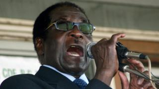 Mugabe yiyama abarwanira ibibanza muri ZANU-PF