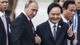 Phùng Xuân Nhạ và Putin