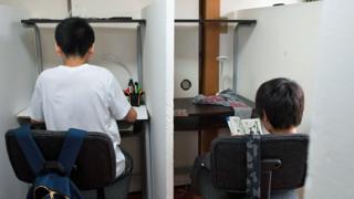 Two students in Tamagawa Free School
