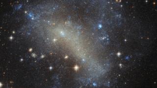Galaxia IC 4710.