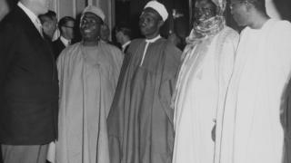 Obafemi Awolọwọ, Abubakar Tafawa Balewa àti Nnamdi Azikwe nínú ìpàdé kan