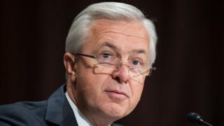 John Stumpf: Ex-Wells Fargo boss pays $17.5m to make a choice charges thumbnail