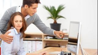 سيدات يروين تجربتهن مع التحرش الجنسي في العمل