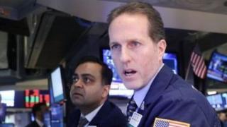 शेयरों में गिरावट
