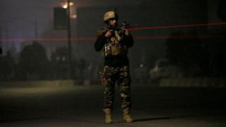 نیروهای ضربت افغانستان با استقرار در محل حمله با مهاجمان درگیر شدند
