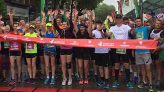 2017 start line runners