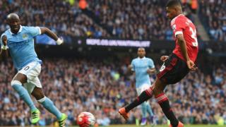 Man City ta doke Man United 1-2