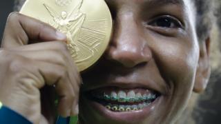 Rafaela Silva con la medalla de oro
