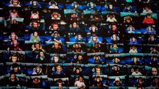 شاشة تعرض عددا من لاعبي فورتنايت