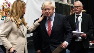 Eleições no Reino Unido: Como aposta arriscada de Boris Johnson saiu vitoriosa