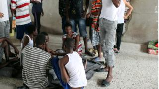 Abimukira mu kigo kibakira muri Libya