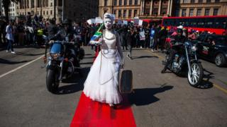Демонстрация против насилия в ЮАР