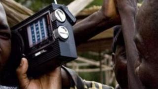 L'Ouganda compte près de trois cents stations de radio