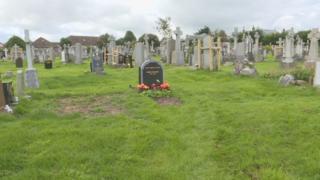 Rose Walker's grave