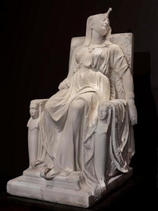 The Death of Cleopara karya Edmonia Lewis, 1876.