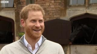 Принц Гаррі став батьком