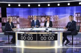 ผู้ท้าชิงตำแหน่งประธานาธิบดีฝรั่งเศสร่วมการโต้อภิปรายทางโทรทัศน์