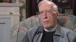 Sunday ferry protest minister Rev Angus Smith dies