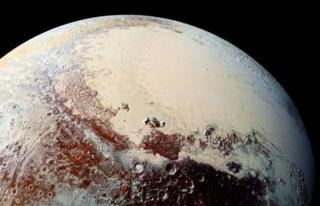 ข้อมูลใหม่จากยานสำรวจนิวฮอไรซันส์ชี้ว่า ดาวพลูโตมีสภาพทางธรณีวิทยาที่หลากหลายและเคลื่อนไหวเปลี่ยนแปลงอยู่เสมอ