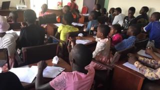 World mental health day: Anglophone IDP pikin dem di share dia tori for heal