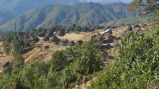 ကျေးရွာအများစုဟာ တောင်ထိပ်တွေမှာတည်ထားတာဖြစ်
