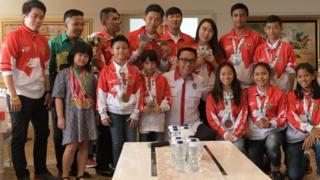 Beberapa atlet muda Indonesia yang mendapat penghargaan dari Kemenpora termasuk dari cabang wushu, karate, dan catur.