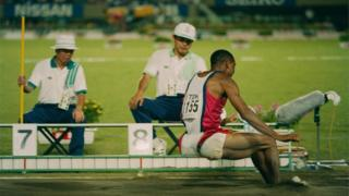 Mike-Powell-setting-a new-world-long-jump-record
