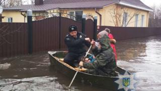 Полиция на лодке