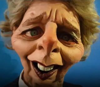 Spitting Image телешоусундагы Маргарет Тэтчердин келбетиндеги куурчак