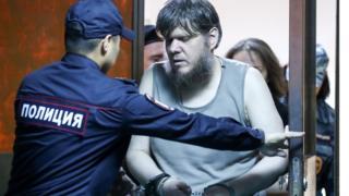 """Андрей Попов, известный как """"бог Кузя"""", на оглашении приговора в Пресненском суде Москвы"""