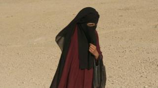 سرنوشت نامعلوم زنان و کودکان داعش