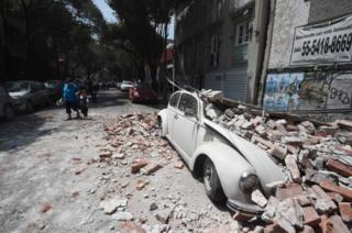Terremoto danificou dezenas de prédios na Cidade do México