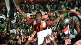 Des manifestants soudanais