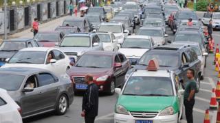 Traffic full ground for road