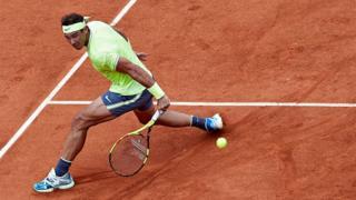 Nadal décroche un 12ème sacre historique à Roland-Garros.